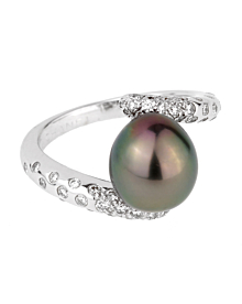 Chanel Concept Pearl Diamond White Gold Ring - Chanel Jewelry
