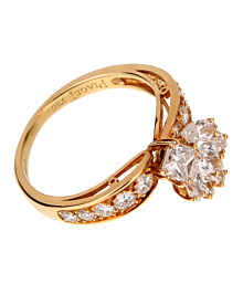Piaget Vintage Cocktail Diamond Gold Ring - Piaget Jewelry