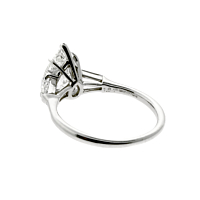 harry-winston-diamond-engagement-ring-pear-1a
