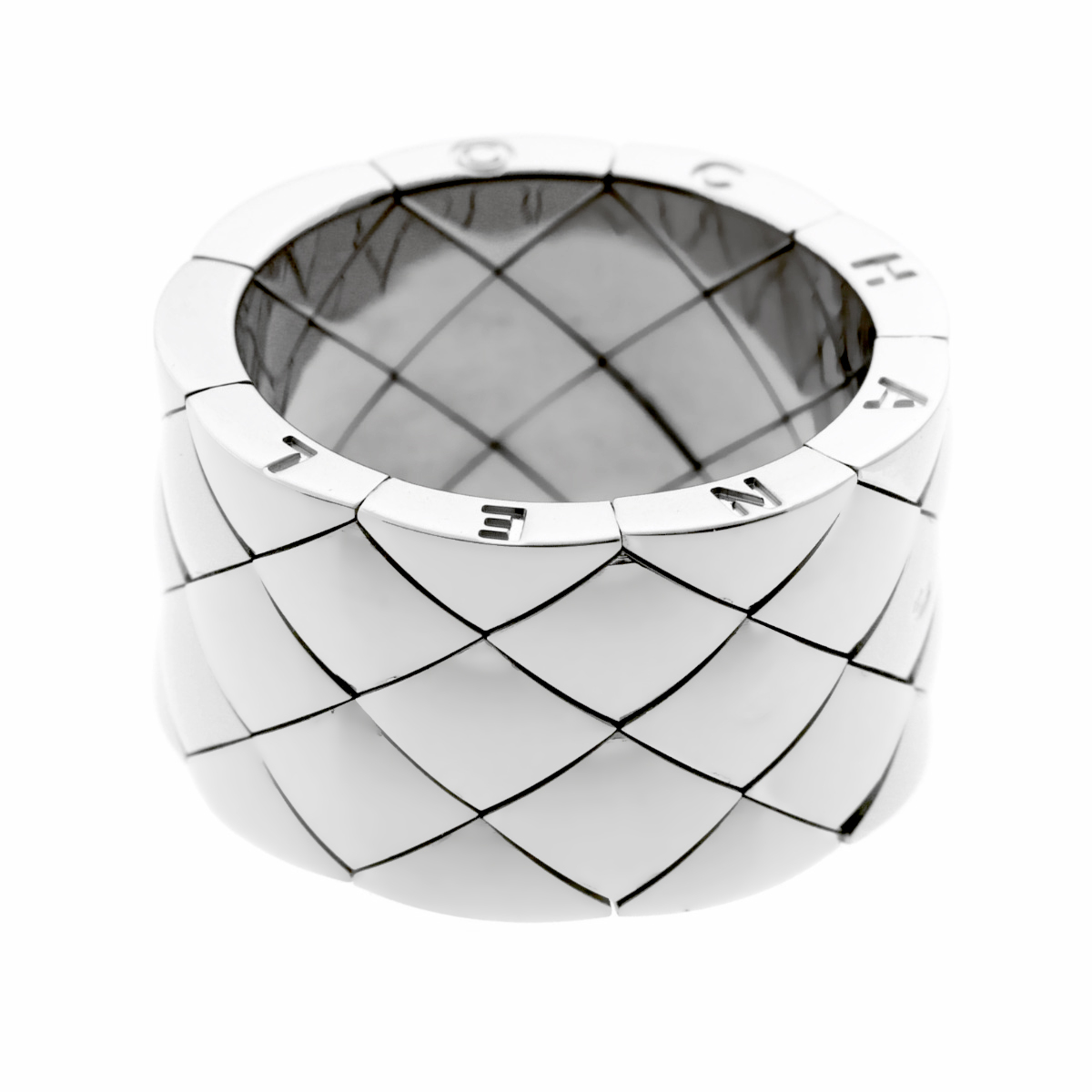 Chanel Matelasse White Gold Quilted Ring