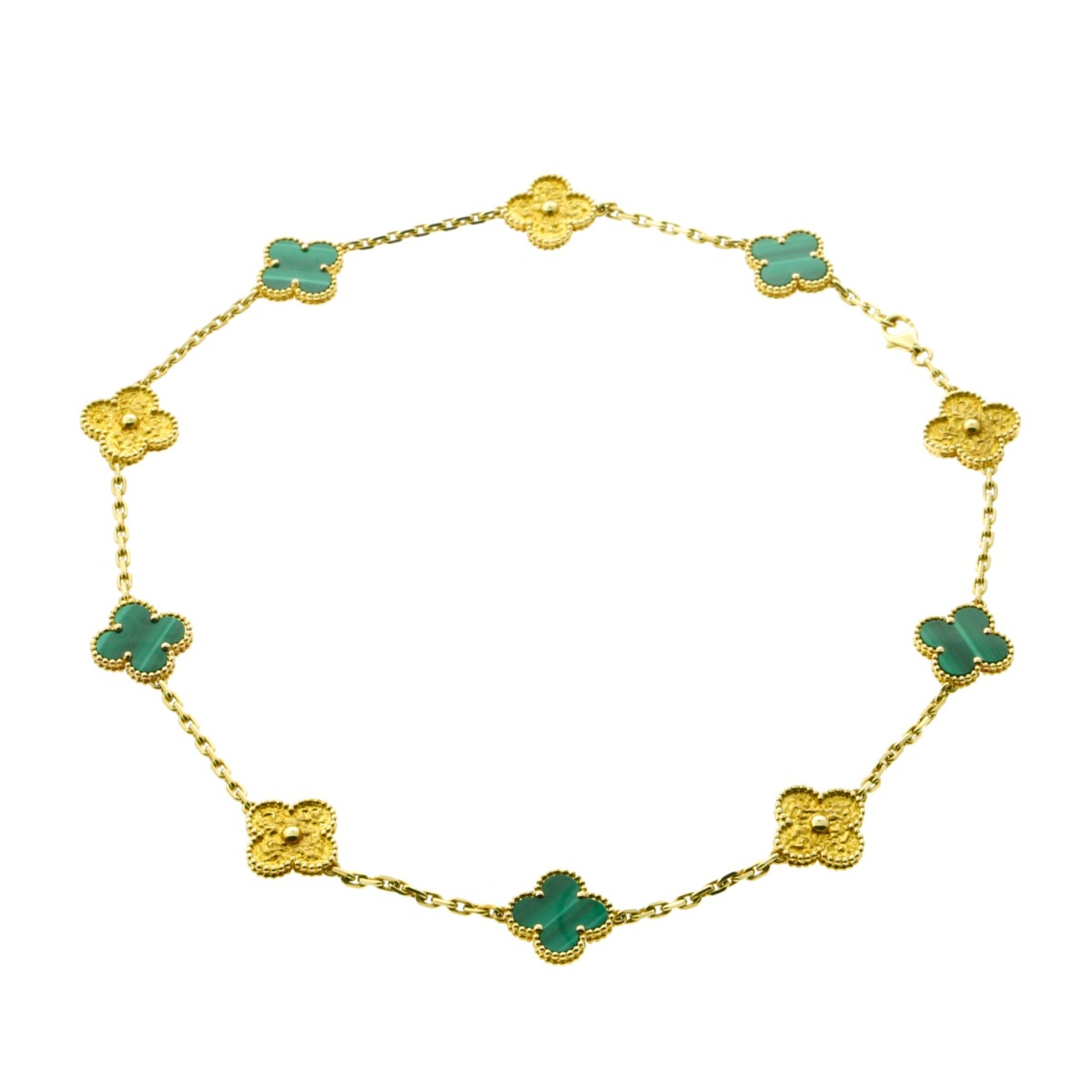 Van Cleef Arpels Limited Edition Malachite Vintage Alhambra Necklace - Van Cleef and Arpels Jewelry